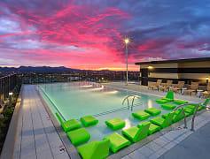 Pool, Hub on Campus Tucson, 0