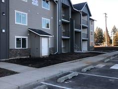 Building, Crossroads Apartments, 0