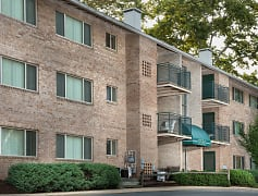 Woodmont Park, Apartments, Alexandria, VA