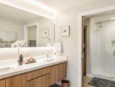 Bathroom, DoMUS Apartments, 0