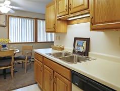 Kitchen, Eastview Apartments, 0