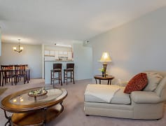 Living Room, Horizon at Hillcrest Apartments, 0