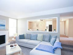 Living Room, The Ridge at Chestnut, 0