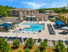 Pool, Lodges at Lake Wylie, 0