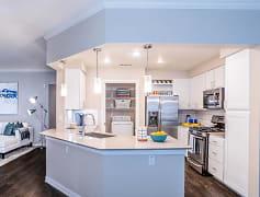 Kitchen, Nalle Woods, 0