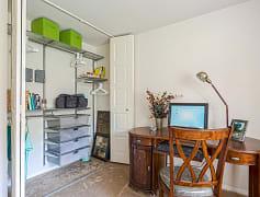 Bedroom, Whitnall Pointe, 0