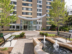 Courtyard, Edgewood Commons, 0