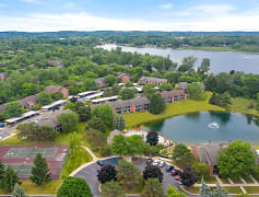 Lancaster Lakes, 0
