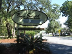 Bay South Apartments: Apartments in Beaufort, SC on Mossy Oaks Rd!