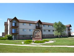 Sheridan Pointe Apartments - Fargo, ND