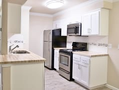 Gorgeous Remodeled 1x1 Kitchen