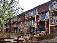 Parkview Estates Apartments - Coon Rapids, MN