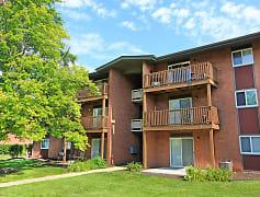 Welcome to Brookwood Apartments Indianapolis, IN!
