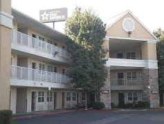 Building, Furnished Studio - Bakersfield - California Avenue, 0