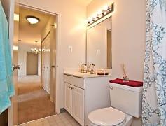 Bathroom, Dulles Glen, 0