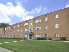 Building, Belvoir Center Apartments, 0