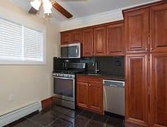 Kitchen, FAIRFIELD AT AMITYVILLE VILLAGE, 0
