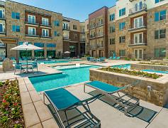 Pool, Millennium Place, 0