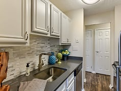 Kitchen, The Ashby At Mclean, 0