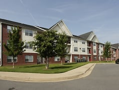 Building, River Pointe Apartments, 0