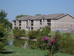 Building, Golden Pond, 0