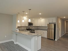 Gorgeous, fully-equipped kitchen with stainless steel appliances