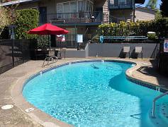Pool w/ Quail Ridge Unique Architecture