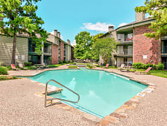 Pool, Worthington At The Beltway, The, 0