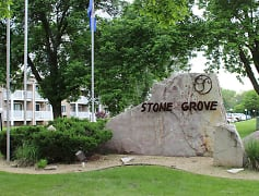 Welcome to Stone Grove Apartments in Burnsville, MN!