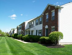 Building, Creekside Townhomes / Cherryhill, 0