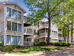 Building, Birch Run Apartment Homes, 0
