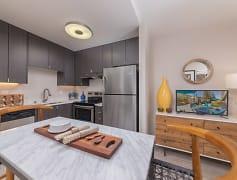 Kitchen, Mia Palo Alto, 0