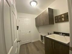 Kitchen, Garlands Apartment, 0