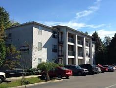 Building, University Center Apartments, 0