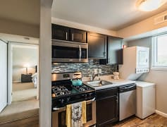 Kitchen, The BLVD at White Springs, 0