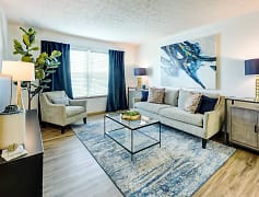 Beautiful Living Space - Collier Park