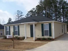 Building, The Woodlands: Apartment Home Community, 0