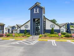 The Hub at Auburn, 0
