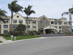 Building, Furnished Studio - San Diego - Carlsbad Village by the Sea, 0