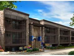 Merriam Park Apartments