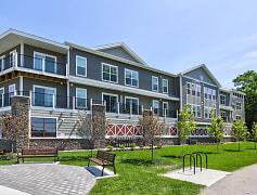 Building, 246 W Avenue Apartments, 0