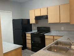 Kitchen, Marshall Meadows Apartment Homes, 0