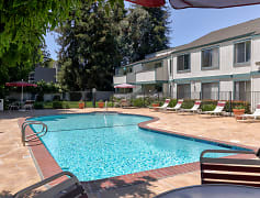 Pool, Oak Pointe Apartments, 0