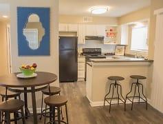 Kitchen, Heron on the Bluffs, 0