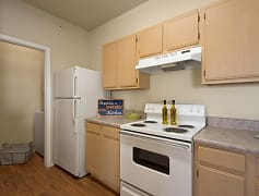 Full Appliance Package with in-unit Washer/Dryer