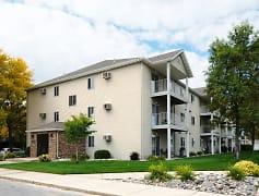 Briar Pointe Apartments - Fargo, ND