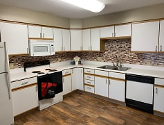 Kitchen, Deer Park Apartments, 0