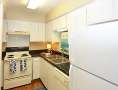 Kitchen, Birchwood, 0