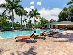 Our resort-style pool offers residents free Wi-Fi, inviting cabanas and gas grills.