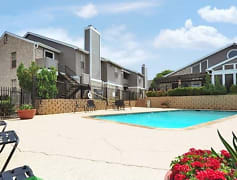 Sparkling Pool at Belmont Estates Homes Apartments in Arlington, TX